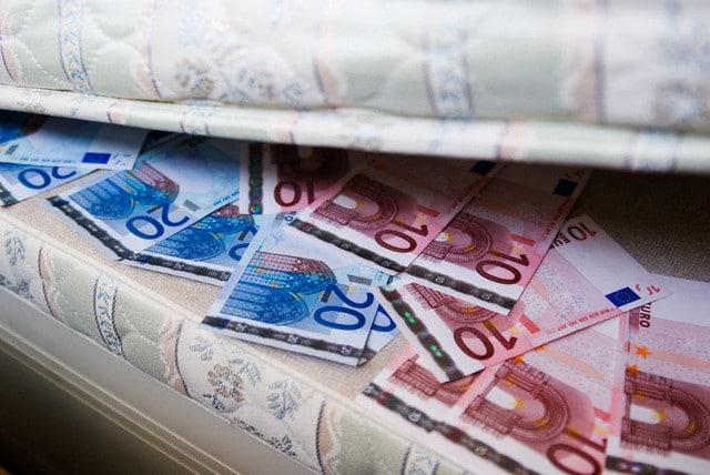 Recorde em julho 2013: nunca os particulares tiveram tanto dinheiro depositado